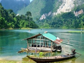 Cheow Larn Lake at Khao Sok National Park