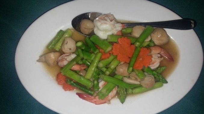 Prawns with asparagus at Khai Mook Restaurant