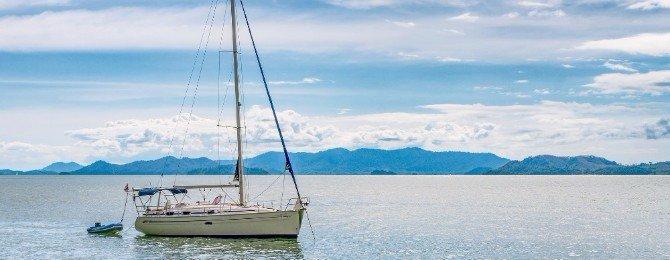 Sailboat in Phang Nga Bay