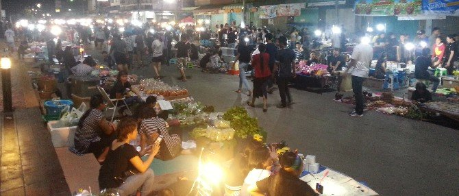 Surat Thani Saturday Night Market