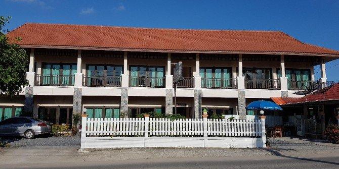 MM House near Samui Airport