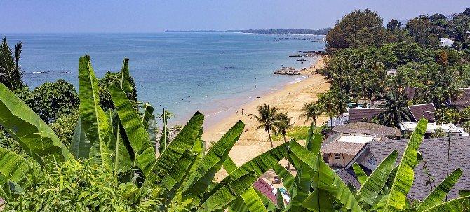 Khao Lak has around 25 km of beach