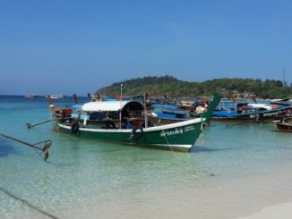Speed boat services to Koh Lipe depart from Pak Bara Pier