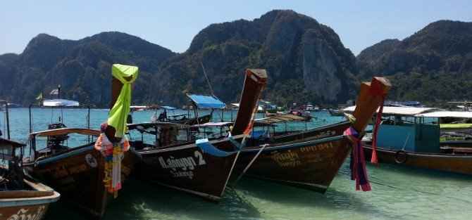 The popular island of Koh Phi Phi is easy to reach from Krabi Airport
