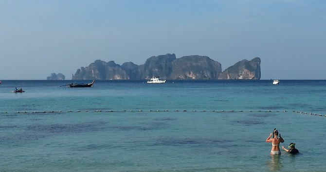 You get a good view of Koh Phi Phi Le from Long Beach